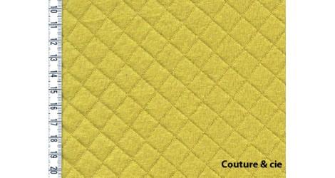 Jersey matelassé banane dans FRANCE DUVAL STALLA par Couture et Cie