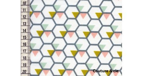 Tissu Honey bee moutarde fond blanc, coupon 45*75cm dans LINNAMORATA par Couture et Cie