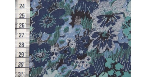 Liberty Hall Gardens bleu dans Tissus LIBERTY OF LONDON par Couture et Cie