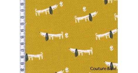 Tissu Mori Girls, teckel jaune dans DASHWOOD STUDIO par Couture et Cie