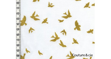 Tissu OIseau Flight blanc coupon 83*110cm dans MICHAEL MILLER par Couture et Cie