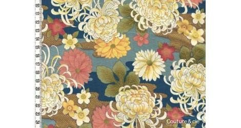 Tissu Chrysanthèmes bleu dans Motifs traditionnels par Couture et Cie