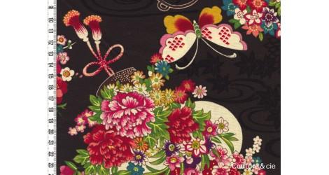 Tissu Fleurs et Papillons noir dans Kokka par Couture et Cie