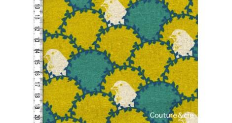 Tissu Oiseau vert et moutarde dans Echino par Couture et Cie