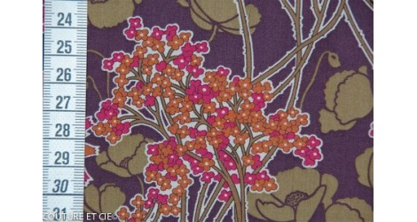 Liberty Hazel aubergine dans LIBERTY OF LONDON par Couture et Cie