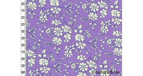 Tissu Liberty Capel violet dans Batistes Tana Lawn par Couture et Cie