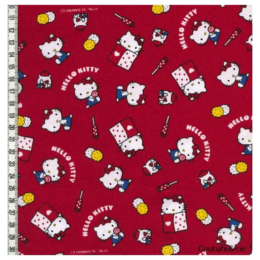 tissu hello kitty okashi rouge en vente chez couture cie. Black Bedroom Furniture Sets. Home Design Ideas