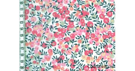 Liberty Wiltshire pois de senteur dans Batistes Tana Lawn par Couture et Cie