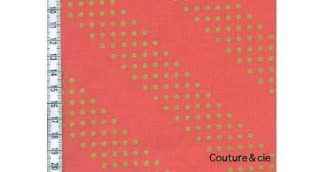 Tissu Dottie corail et or dans COTTON + STEEL par Couture et Cie