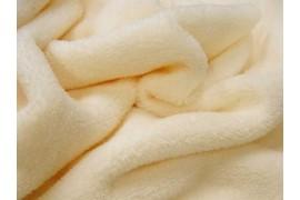 Teddydou ivoire dans Teddydou / Minky par Couture et Cie