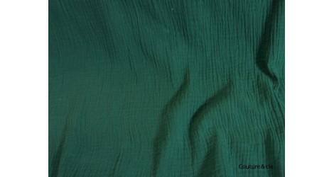 Double gaze gaufrée vert sapin dans Double gaze par Couture et Cie