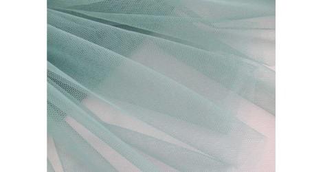 Tulle extrasoft pin dans Tulles par Couture et Cie