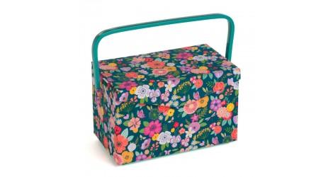 Boîte à couture fleurie verte dans Boîte à couture par Couture et Cie
