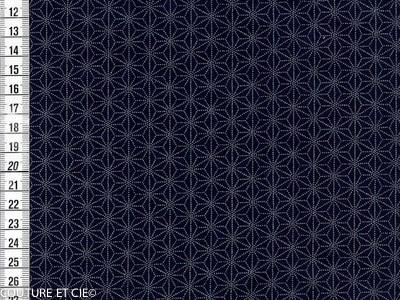 Imprimé sashiko sur fond indigo