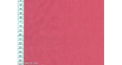 Popeline Fil à Fil rose corail dans Tissus unis par Couture et Cie