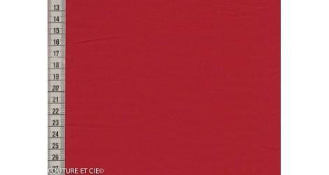 Popeline Fil à Fil rouge foncé dans Tissus unis par Couture et Cie