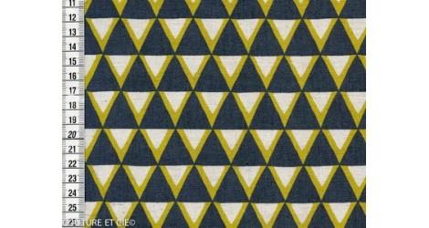 Tissu Kokka Stamped triangles gris, 1m*110cm dans TISSUS JAPONAIS par Couture et Cie